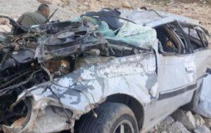 سقوط مرگبار پژو۴۰۵ در محور ایلام+عکس