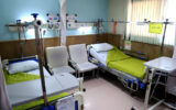 تکمیل بیمارستان ملکشاهی در سرعت گیر اعتبارات