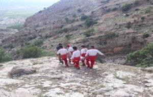 نجات جوان ۱۸ ساله در ارتفاعات روستای دوبیران سفلی