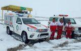 خدمت رسانی ۱۱ تیم هلال احمر  در مناطق برفگیر ایلام